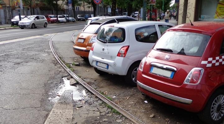 Attenzione all'auto: può farti perdere il reddito di cittadinanza