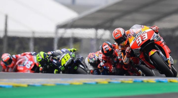 Marc Marquez conduce il GP di le Mans