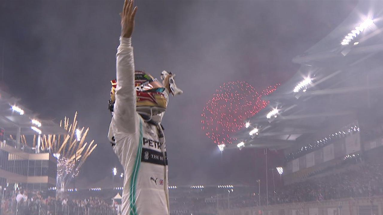 Hamilton sul podio di Yas Marina